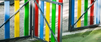 Parkschool vergroent plein - play-area-4458716_640